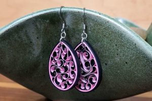 How to Make Quilled Paper Honeycomb Earrings